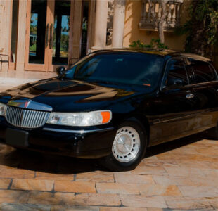 Lincoln Sedan Atlanta Rental